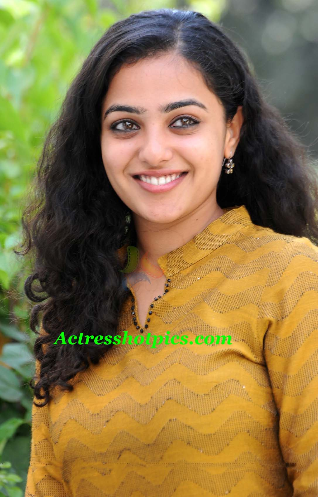 nithin upcoming movie ishq actress nithya menon cute smiling stills ... Menon sexi posters, Beautiful Nithya Menon unseen spicy bikini pictures ...